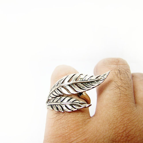 Fern leaf ring in white bronze