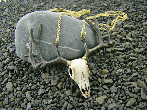 Realistic painting Stag Skull necklace in brass