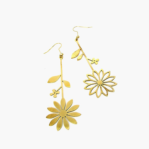 vector flower earring in brass
