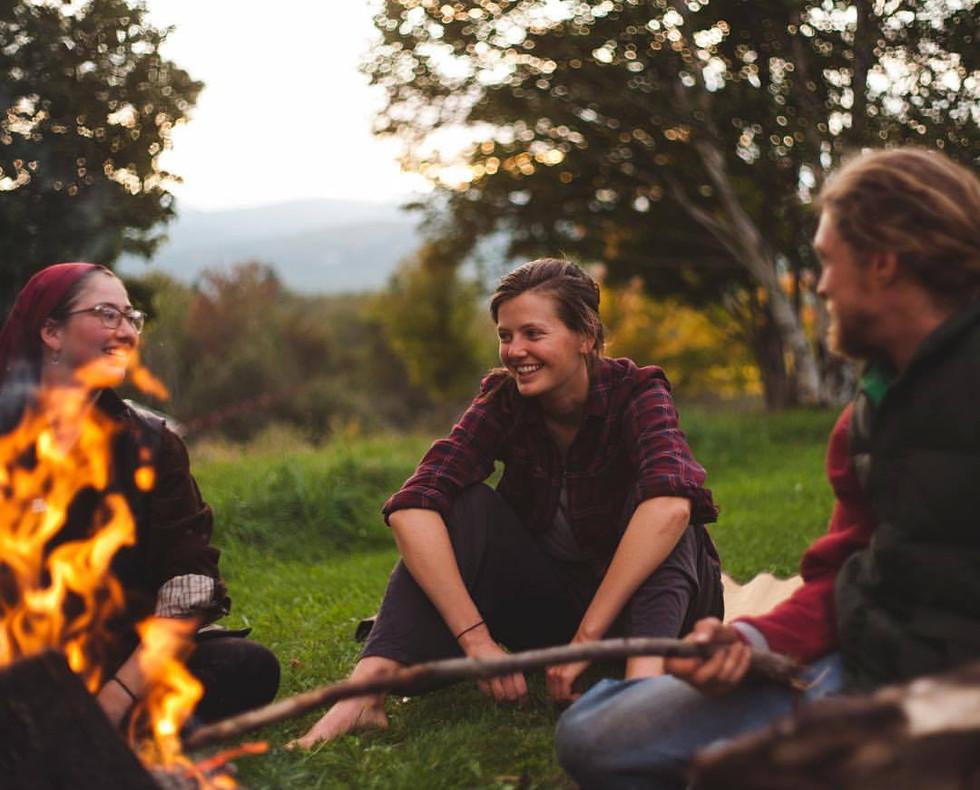 Yoga-Retreat-Vermont-fire-conversation.j