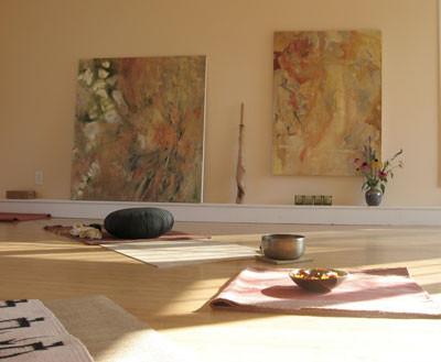 Yoga-Retreat-Vermont-yoga-studio-2.jpg