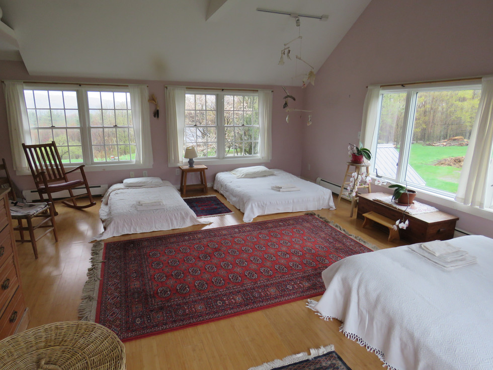 Yoga-Retreat-Vermont-North-Room.jpg