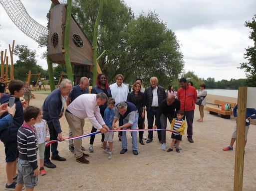 Inauguration de l'aire de jeux - Île Charlemange
