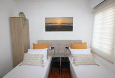 חדר שינה 1 אופציה למיטות מופרדות