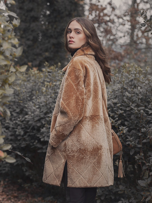 LC2156 QUILT SHEARLING COAT