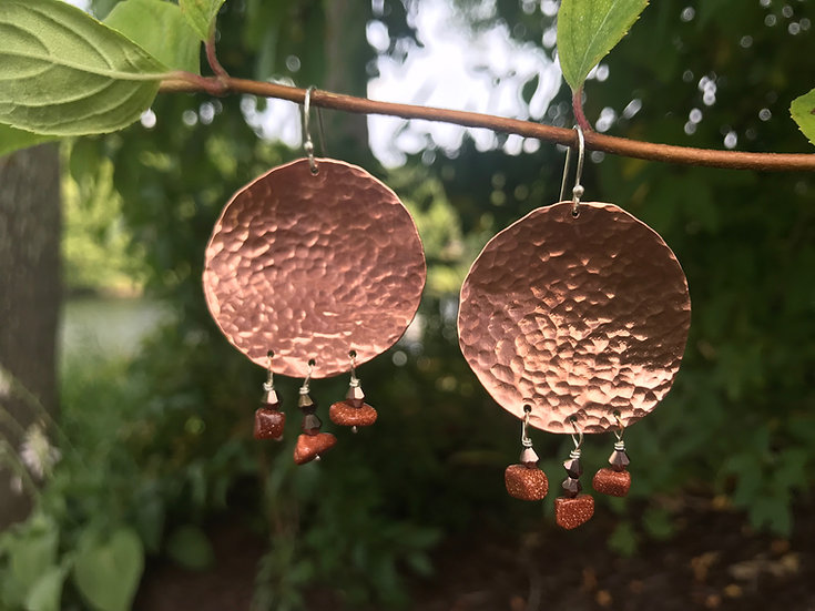Copper hammered disc earring with goldstone