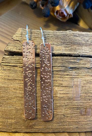 Copper textured bar earrings