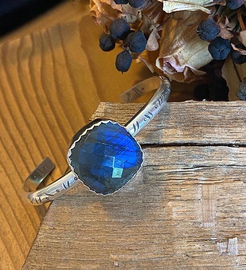 Sterling silver with labradorite bracelet