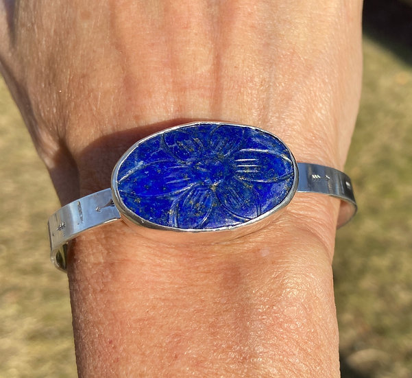 SOLD - Sterling silver lapis lazuli carved flower bangle