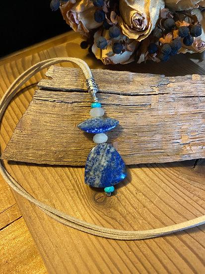 Lapis Lazuli & moonstone pendant