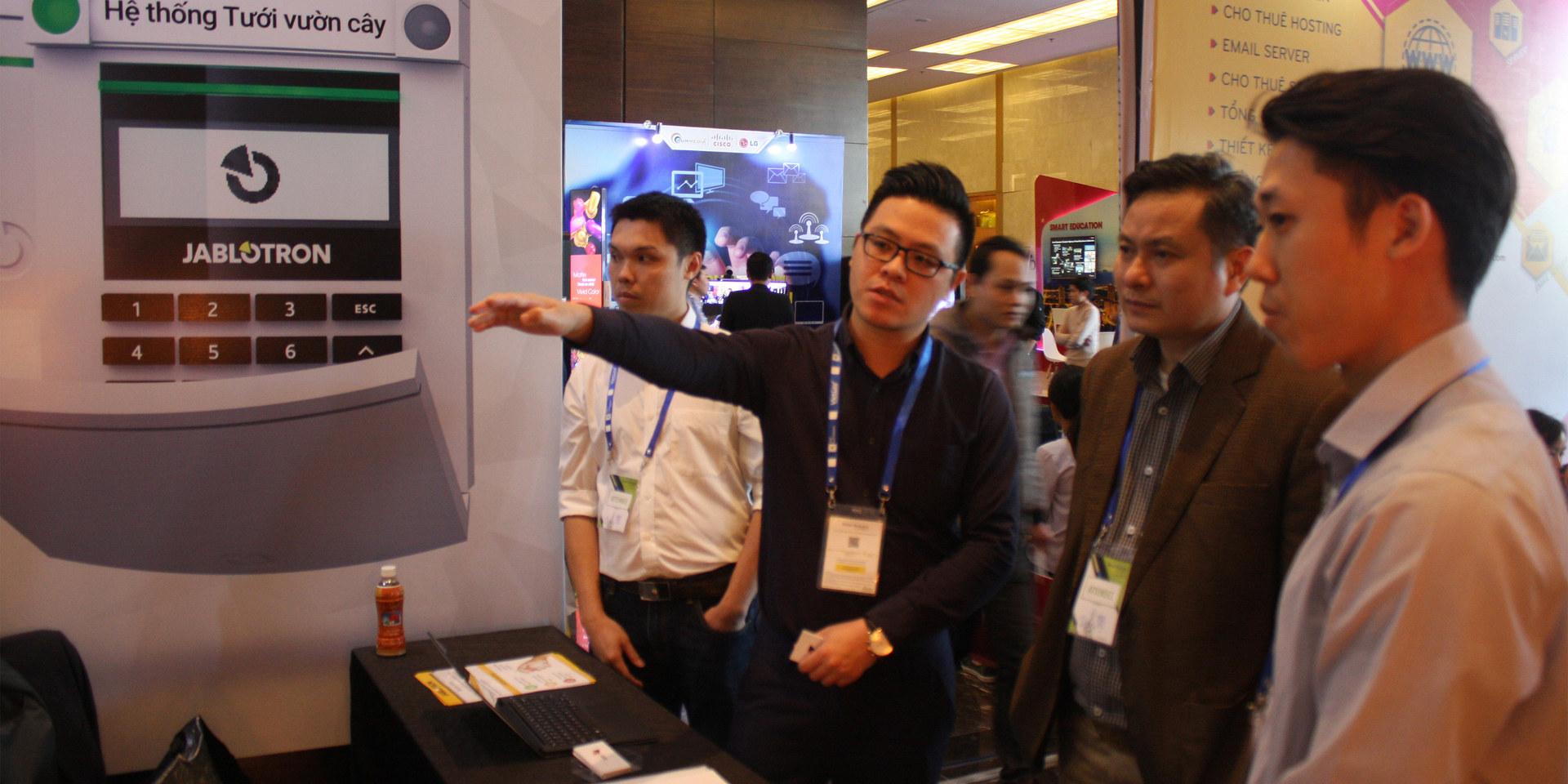 IoT Exhibition Hanoi 2017.JPG