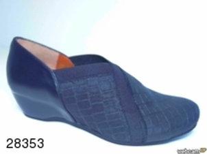 Zapato de vestir de elastico color negro (28353)