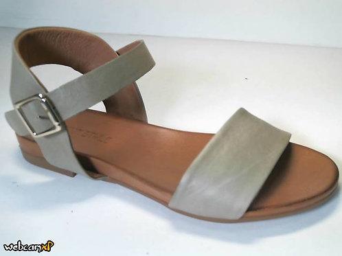 Sandalia de piel color verde (32435)
