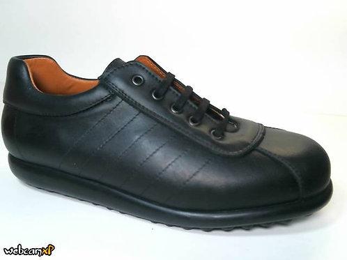 Deportivo de piel tomcat color negro (31259)