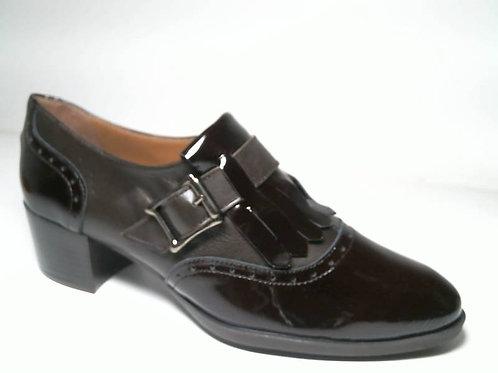Zapato de vestir de charol-napa color marron (29340)