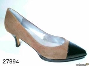 Zapato de vestir de ante-charol color beige (27894)