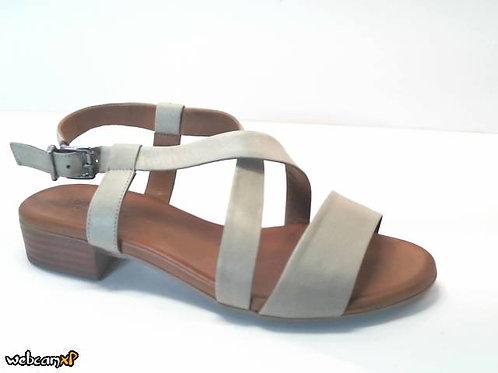Sandalia de piel color verde (32341)