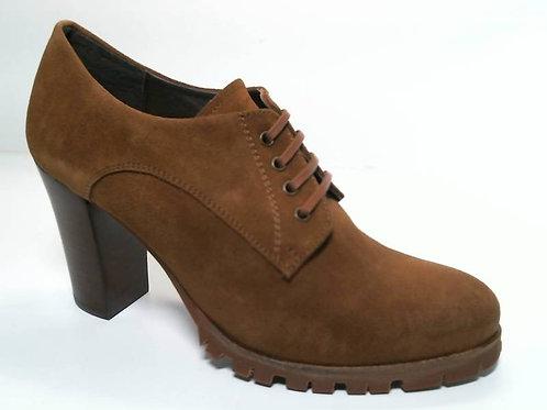 Zapato de vestir de serraje color cuero (29626)