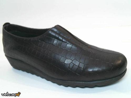 Zapato tipo casual de piel grabada coco color marron (32079)