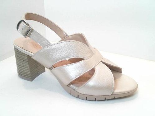 Sandalia de piel color hielo (32555)