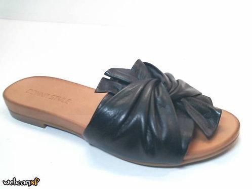 Sandalia de piel color negro (32414)