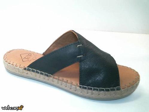 Sandalia de piel color negro (32318)