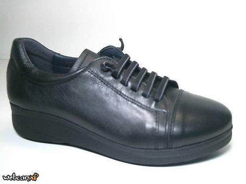 Deportivo de piel escada color negro (31596)