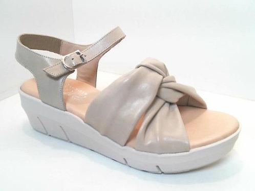 Sandalia de piel color hielo (32548)