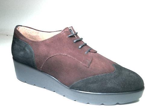 Zapato de vestir de serraje color burdeos (29435)