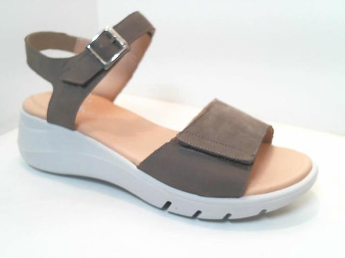 Sandalia de piel color taupe (32570)
