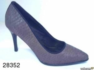 Zapato de vestir de tose color beige (28352)
