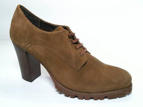 Zapato de vestir de serraje color cuero (29625)
