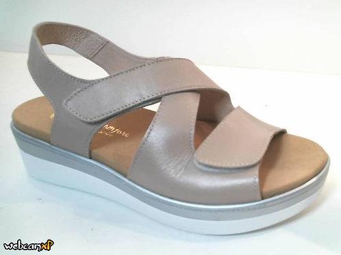 Sandalia de piel color beige (32488)