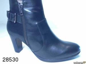 Botín de piel color negro (28530)