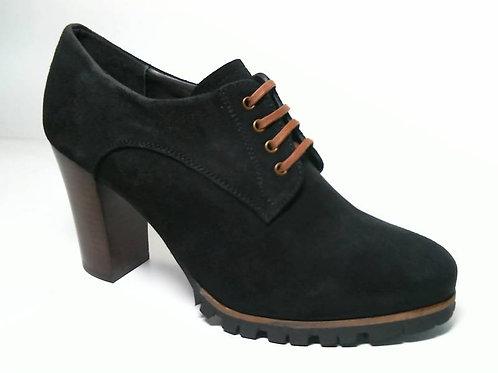 Zapato de vestir de serraje color negro (29613)