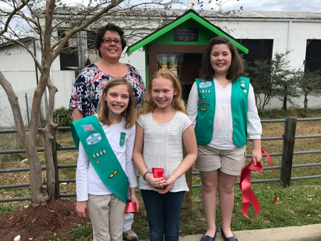 Girl Scout Troop 1925 Feeds The Hungry
