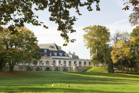 Un été à Chantilly : L'Auberge du Jeu de Paume