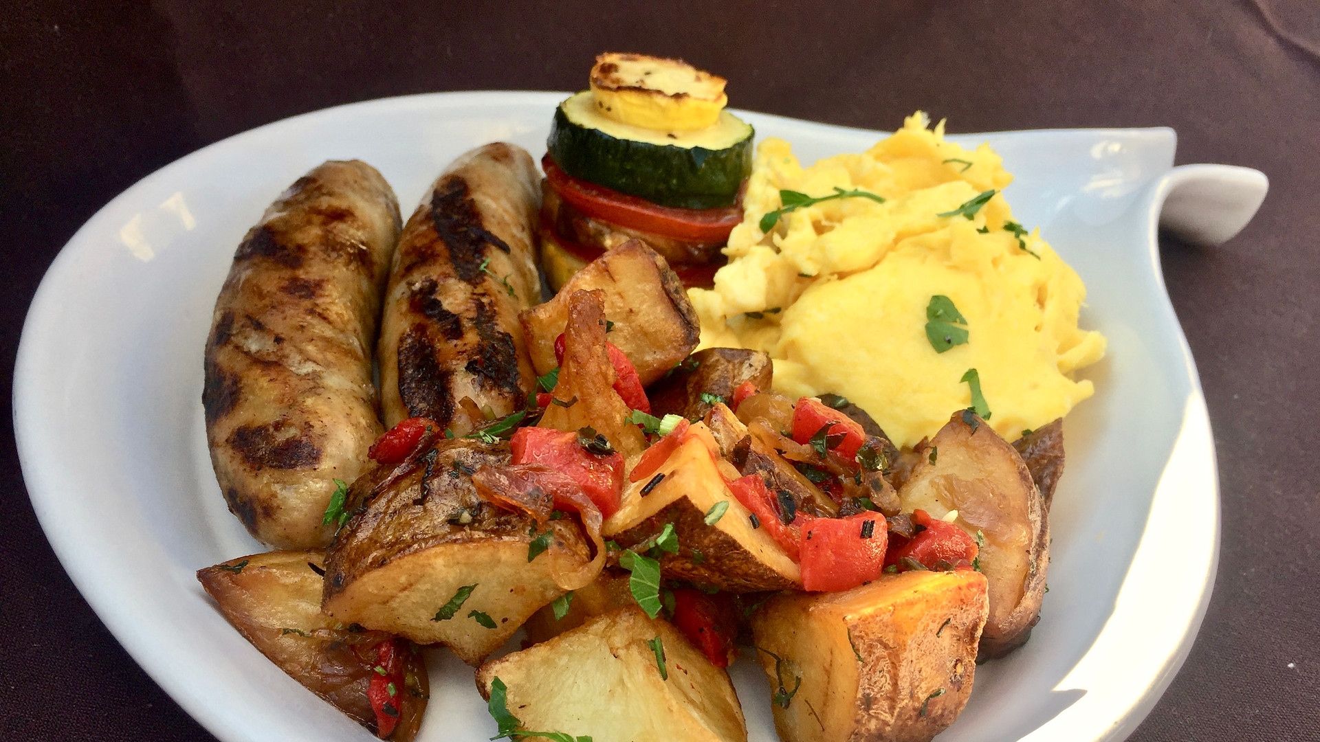 GRILLED VEAL SAUSAGE & SCRAMBLED EGGS