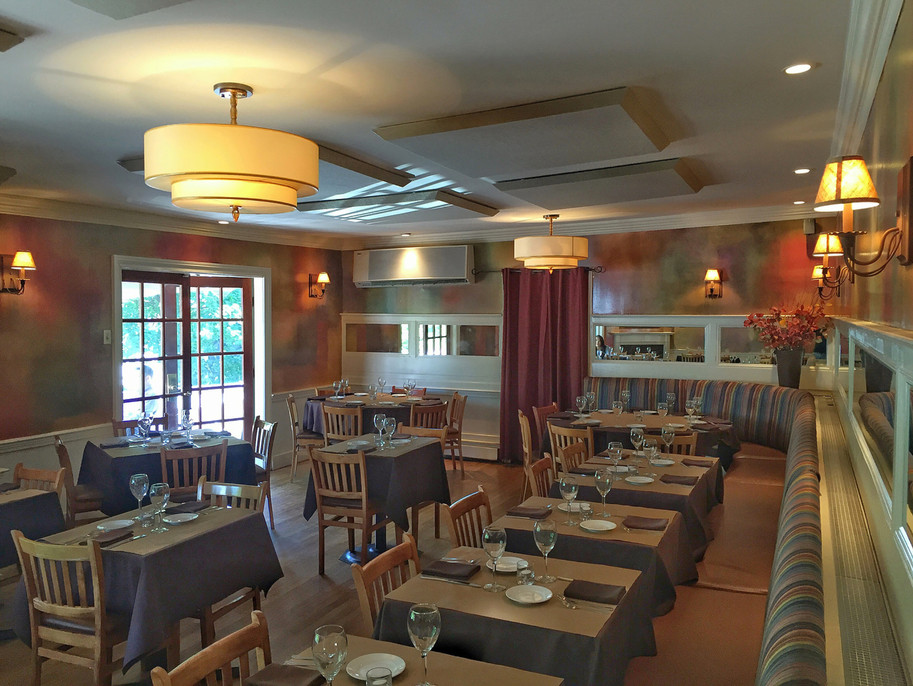 MAIN DINING ROOM @ thyme