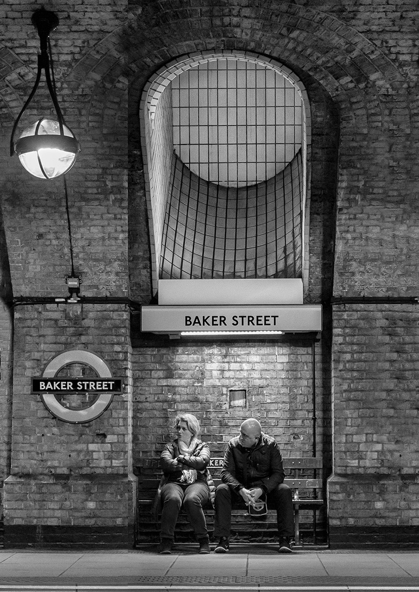 MONO - Waiting for the Tube by William Allen (9 marks)