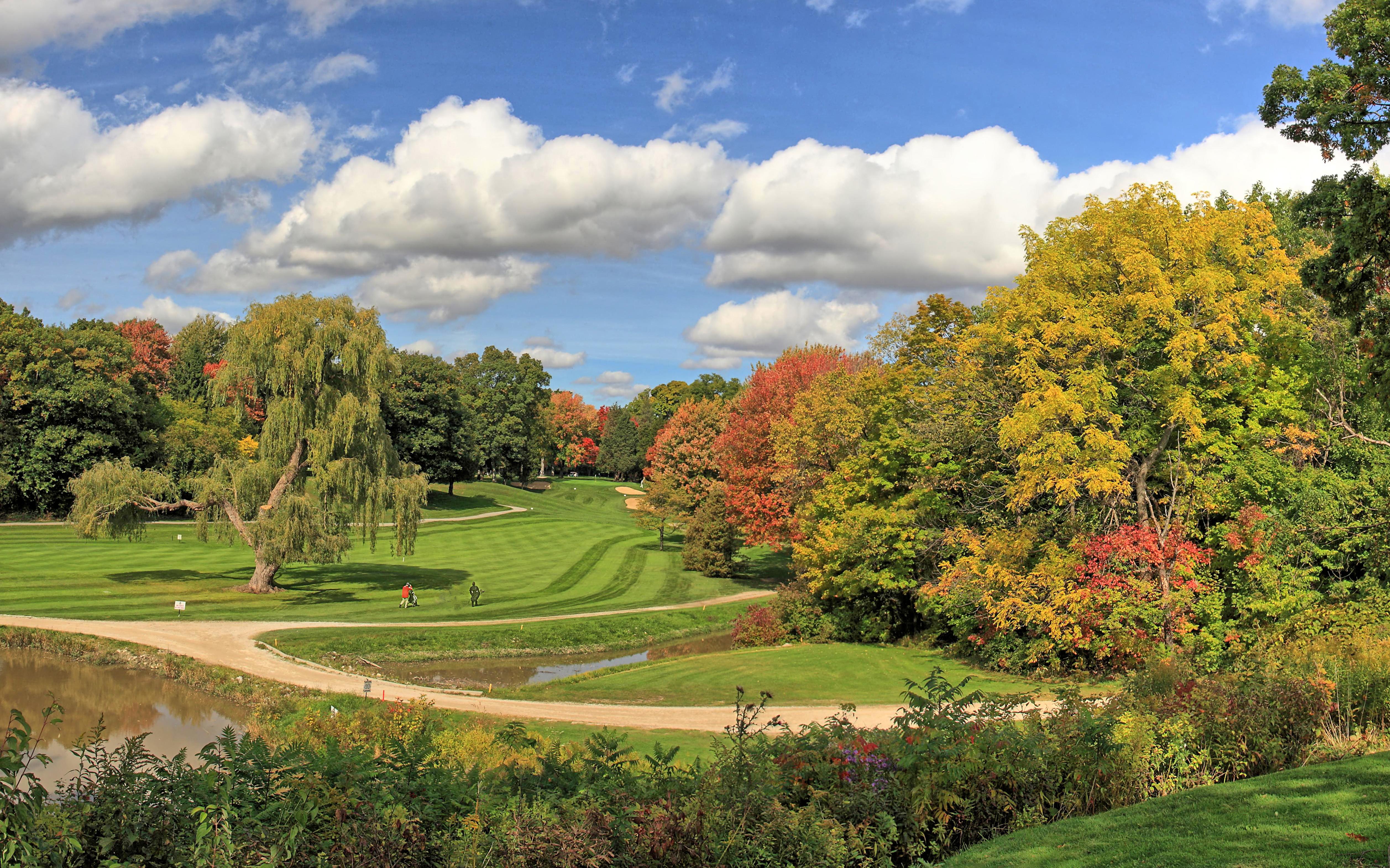 Golf Course Pano 1.jpg