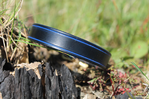 Plain Leather Dog Collar with colour groove.