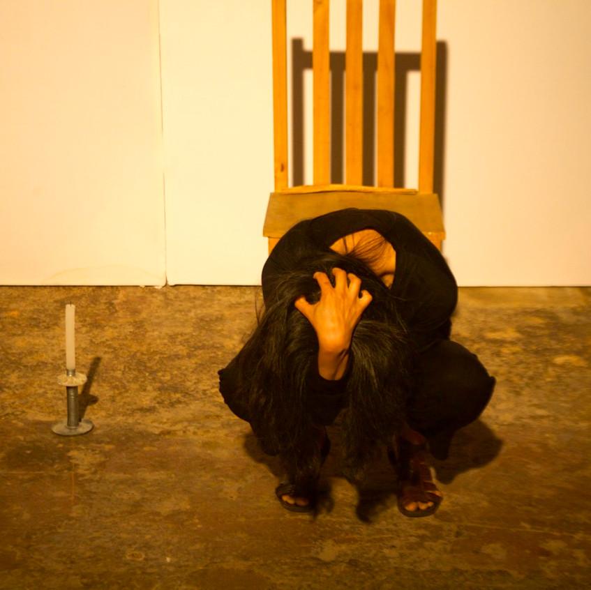 Autorretrato_de_humo_Mérida-_Smoke_Selfportrait_Merida._La_Sede,_La_Rendija_Teatro._Mérida,_Mex._Fotos_Alejandro_Atocha_Crespo_(0)