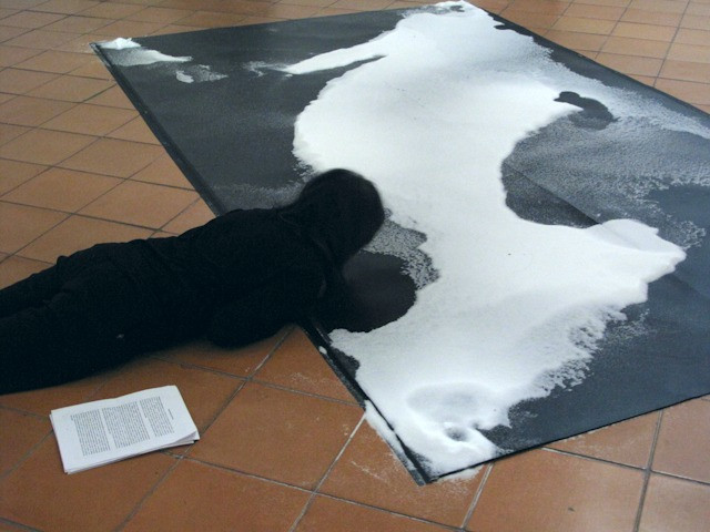 Salt Cartographies, Elvira Santamaría, performance-Installation 24 hours. Contemporary Art Museum of Oaxaca, 2015