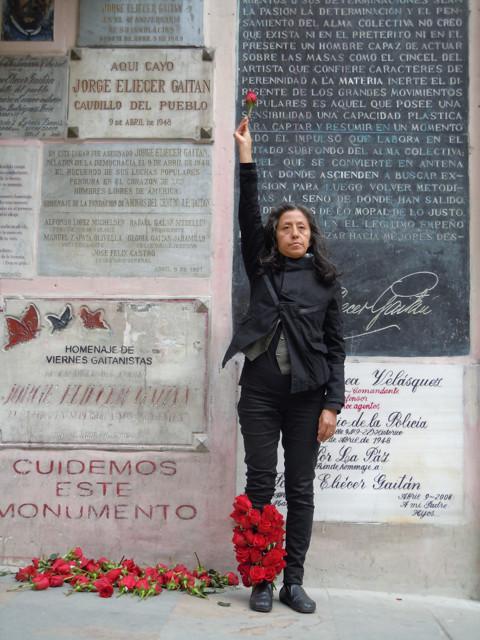 Guardia atemporal -Timeless Guard. Urban action. 7th Encounter AVD. Bogota. fotos Eliu Almonte. (1)