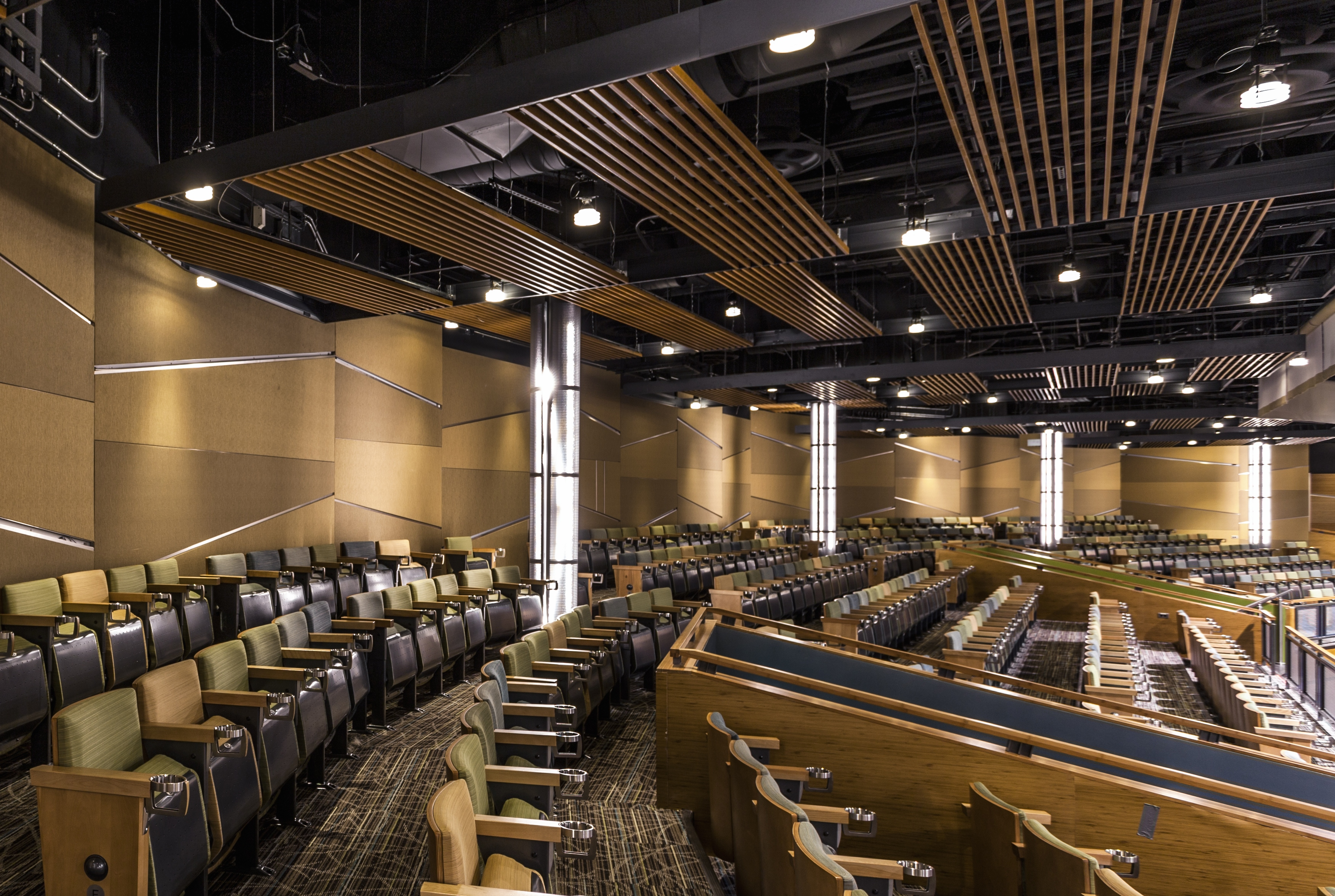 Club Regent - Acoustic Panels