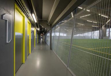 Banker Wire   Stade de Soccer - Montreal