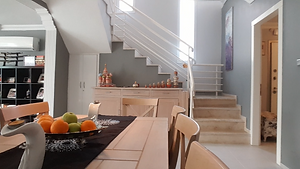 5 + 1 villa for sale with sea view and pool