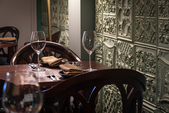 -maharajas-retreat-restaurant-image-10.j