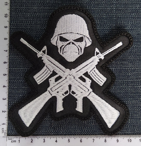 IRON MAIDEN - SHOOTGUNS EMBROIDERED PATCH
